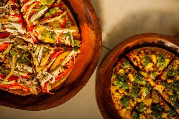 Vegan bbq Pizza